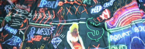 2-600-neon.jpg
